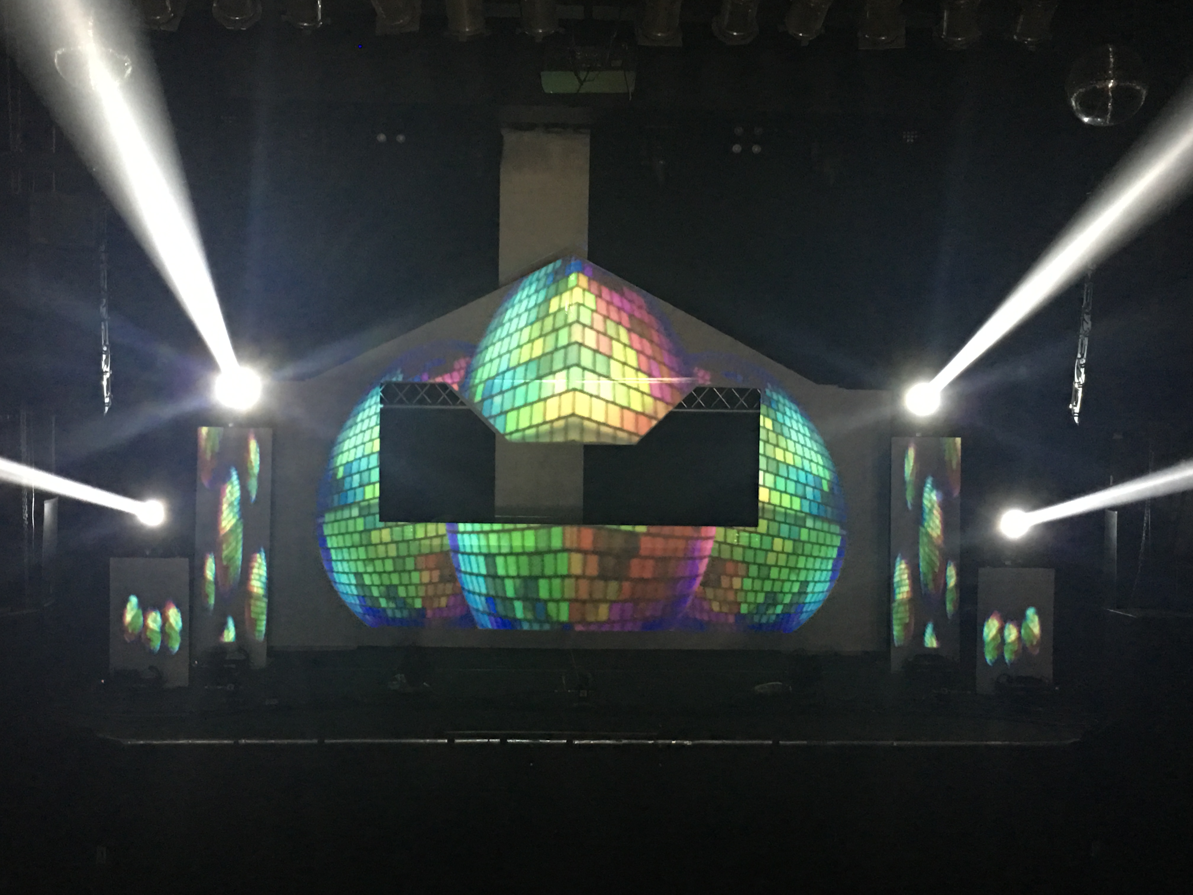 Video Projection Mapping